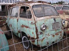 Rat Fiat Multipla Rust In Peace, Rusty Cars, Abandoned Cars, Barn Finds, Old Cars, Fiat, Cars And Motorcycles, Vw, Classic Cars