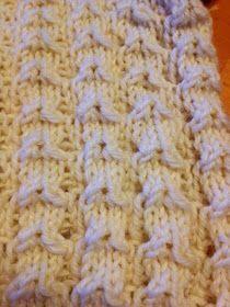 Näitä ihania pitsisukkia olen tehnyt vaikka kuinka monet jo, mutta tässä nyt ensimmäinen pari joka päätyy blogiin asti - ohjeen kera to... Drops Design, Knitting Socks, Knit Socks, Mittens, Knitting Patterns, Knitting Ideas, Needlework, Diy And Crafts, Knit Crochet
