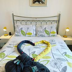 Show your love and book romantic break for 2 with hot tub in Kirkcaldy. Romantic Breaks, Serviced Apartments, Romantic Getaway, Tub, Book, Furniture, Home Decor, Bath Tub, Decoration Home
