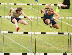 Andi Carr represented the Elkanah House athletics squad at the Lochnerhof Primary School inter-schools athletics event. She placed in the hurdles and received a silver medal for the sprints. Independent School, Christian Families, Family Values, Hurdles, 100m, Primary School, Athletics, Champs, Schools