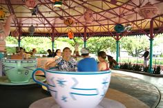 spinning in the tea cups! Mouse Photos, Magic Kingdom, Spinning, Tea Cups, World, Disney, The World, Hand Spinning, Teacup