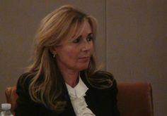 Ester Bonafede, l'assessore che si lamenta dello stipendio da 5.400 euro