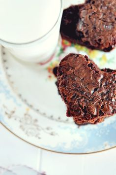 The best brownie recipe for the brownie purist @Dineanddish