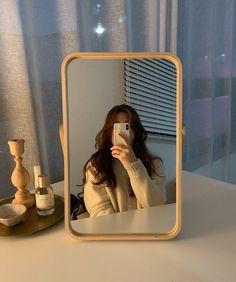 Korean Aesthetic, Beige Aesthetic, Aesthetic Photo, Aesthetic Girl, Aesthetic Pictures, Japanese Aesthetic, Aesthetic Bedroom, Selfi Tumblr, Foto Mirror