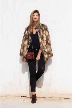 Ms Treinta - Fashion blogger - Blog de moda y tendencias by Alba.: Chaquetón de pelo