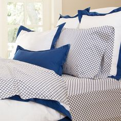 """For the """"coral"""" room...Great site for designer bedding 