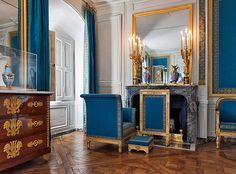 Versailles, Petit Trianon, Bedroom of Marie-Louise. French Architecture, Architecture Plan, Interior Architecture, Interior And Exterior, Antique Interior, French Interior, French Decor, Eaton Place, Luis Xiv