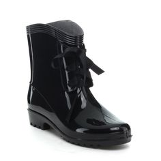 Practical in the rain or on a sunny day, these jelly boots from Easos Geal make a real statement. These ankle boots are made with a lace-up front coupled with a grippy block heel. COMES IN WHITE AND IS FULLY LINED Lace Ankle Boots, Block Heel Ankle Boots, Ankle Booties, Sheepskin Slippers, Online Shopping Shoes, Shoe Deals, Slipper Boots, Short Boots, Cowgirl Boots