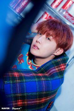 Happy birthday to Jung Ho Seok (J-Hope). Main dancer and rapper for BTS. Seokjin, Kim Namjoon, Kim Taehyung, Gwangju, Jung Hoseok, Park Ji Min, Bts J Hope, Foto Bts, Bts Photo