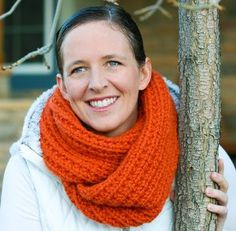 This easy knit cowl pattern makes us feel all warm and cozy inside. The Tangy Moebius Cowl is a thick, chunky cowl in a beautiful bright orange color.