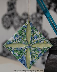 Constantly Quilting: Cathedral Windows Ornament Tutorial