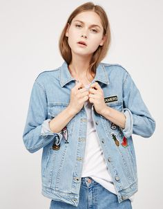 Oversize denim jacket with patches - Ready for the trip - Bershka Ukraine