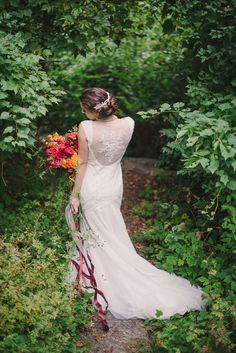 Gorgeous wedding dress | Sweet Root Village | see more on: http://burnettsboards.com/2015/02/midsummer-nights-dream/