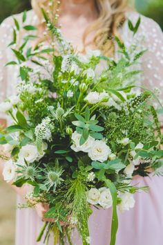 This wedding is quintessentially English. Wildflower Bridal Bouquets, Wedding Bridesmaid Bouquets, White Wedding Bouquets, Bridal Flowers, Natural Wedding Flowers, Fern Wedding, Natural Bouquet, October Flowers, Flower Bouqet