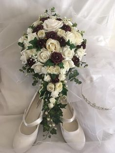 Bridal bouquet in burgundy & wine Floral Bouquets, Bridal Bouquets, Floral Wreath, Burgundy Wine, Bridal Flowers, Wedding Beauty, Bridal Boutique, Church Weddings, Marriage
