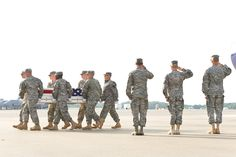 Dignified Transfer at Dover AFB: 3rd U.S. Infantry Regiment: Army