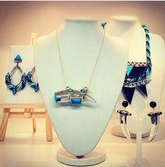 Plexi Frida Necklace – LuxeyLife