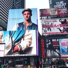Post by Cameron Dallas - Woahhhh Cameron Dallas Instagram, Chasing Cameron, Instagram And Snapchat, Instagram Posts, American Drinks, Cameron Alexander Dallas, Spice Things Up, Musicals, Baseball Cards