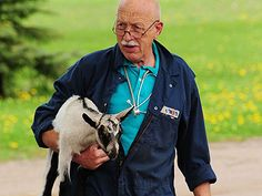 People - Nat Geo WILD chronicles the life of a country vet, Dr. Pol