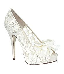 3ea598f0628 A beautiful shoe for a bride! (like the shoes I saw at the store