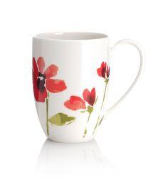 Taza con estampado floral cepillado