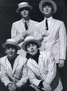 Paul McCartney, John Lennon, Richard Starkey, and George Harrison Ringo Starr, George Harrison, Paul Mccartney, John Lennon, Great Bands, Cool Bands, Barber Shop Quartet, Richard Starkey, Liverpool