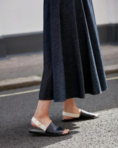 Why I've become a skirt convert Going Gray, Minimalist Fashion, Minimalist Style, Comfy Shoes, Outfit Combinations, Summer Sale, Winter Collection, Cashmere Sweaters, Skirt Fashion