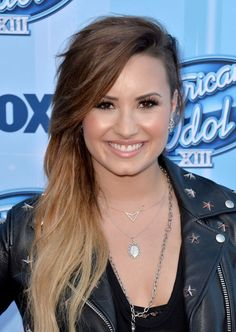 Demi Lovato at the American Idol XII finale in 2014. http://beautyeditor.ca/2014/10/21/demi-lovato-beauty-looks