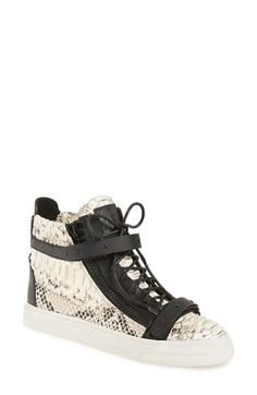 Free shipping and returns on Giuseppe Zanotti 'London' High Top Sneaker (Women) at Nordstrom.com. A versatile leather high-top is equal parts sporty and runway-ready thanks to gilt-edged snake-scale texturing and tough-girl moto detailing.