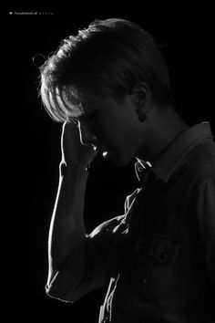 Andy Park, Park Jisung Nct, Park Ji Sung, Huang Renjun, Na Jaemin, Drama Korea, Light Of My Life, Black Wallpaper, Kpop Aesthetic