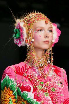 Fashion Show | Manish Arora Fashion and Makeup artist - Fall 2014 Paris Fashion Week