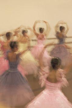bramasole - Dancers spinning in class - (motion blur)