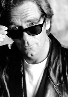 Huey Lewis - my favorite face in all of show biz!