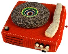 All the beautiful things I want: Anne-Claire Petit Record Player - 130 Euro