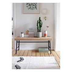 Finally friday 🌵🌘🌿 Have a nice one! #home #hallway #secondfloor #ikea #interior #interiordesign #decoration #colourfulliving #zuhausebeiswantantje #studiohammel #wallhanging #studioarhoj #finelittleday #rugbygur #cactus #atelierstellaceramics