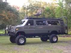 Bug Out Ford Club Wagon! 4x4 Van, 4x4 Camper Van, Lifted Van, Lifted Trucks, Off Road Camping, Van Camping, 6x6 Truck, Jeep Truck, Cool Trucks
