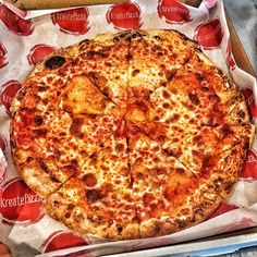 Major  #pizza #kreate #kreatepizza #kreateglendale #whatwillyoukreate #northhollywood #highlandpark #glendale #silverlake #pizzalove #pizzaporn #pizzatime #foodie #foodgasm #foodporn #eat #eater #losangeles #california #eaglerock #goodeats #burbank #calzone #calzonepizza #nutella #banana #nutellapizza #hawaiian