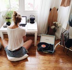 Small desk set-up