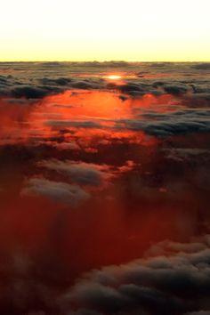 Sunset under the clouds - {by Daniel Schäfer} | {Official WebSite}