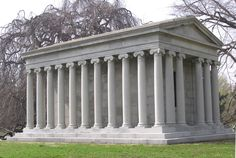Tomb of Jay Gould the Century Robber Baron - Woodlawn Cemetery - Bronx, NY Marble Columns, Marble Pillar, The Bronx New York, Jay Gould, Woodlawn Cemetery, Famous Graves, Cemetery Art, Old Churches, Beautiful Buildings