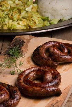 Braai Recipes, Appetizer Recipes, Cooking Recipes, How To Make Sausage, Sausage Making, Sausage Ingredients, Home Made Sausage, Homemade Sausage Recipes, Bratwurst Recipes