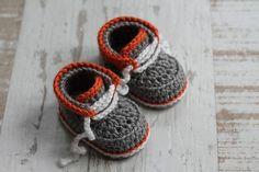 """CROCHET PATTERN - """"Cairo boots"""" baby boys booties crochet pattern, infant crochet shoes English Language Only Crochet Baby Boots, Booties Crochet, Crochet For Boys, Boy Crochet, Baby Boy Booties, Baby Shoes, Baby Patterns, Crochet Patterns, Crochet Baby Blanket Beginner"""