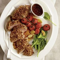 Filets de porc aux pacanes et au parmesan, sauce aux figues | .coupdepouce.com