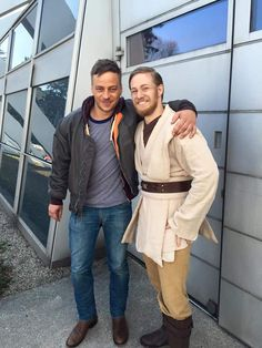 "tomwlaschiha-valarmorghulis: ""Tom Wlaschiha at the Comic Con Austria 2016 From Don Esteban FB page Lucky me! I met Tom Wlaschiha at the back entrance of Comic Con Austria while shooting some Obi-Wan pictures and got the chance to talk to him. For..."