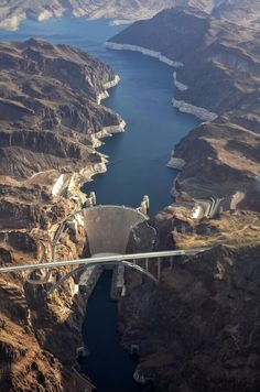 Here's an amazing view of the #HooverDam we hadn't yet seen! #travelphotography #travel