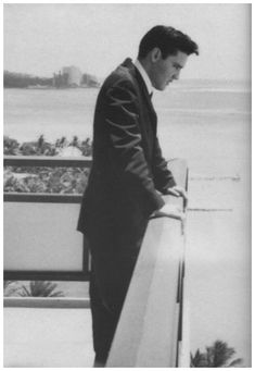 Elvis on the balcony of his hotel at the Hawaiian Village Hotel in Honolulu, Hawaii, March 25, 1961.