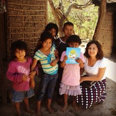 El Salvador - Conducting a study with children - Biblical Publications for children Free to download at JW.org -- Photo shared by @rjvitela20