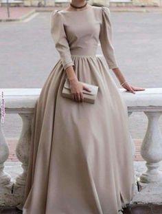 Muslim Fashion 608126755922862205 - Hijab Fashion 611645193128113965 – Voici la robe – Vêtements Hijab – – robe de mariée – Source by coiffureVin Source by Trendy Dresses, Modest Dresses, Elegant Dresses, Beautiful Dresses, Nice Dresses, Formal Dresses, Dresses For Hijab, A Line Dress Formal, Modest Clothing