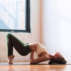 Jessica Olie - One of my favorite Yogis to follow on instagram!