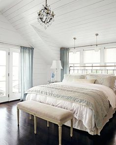 Love the shiplap all over..would be great in my master